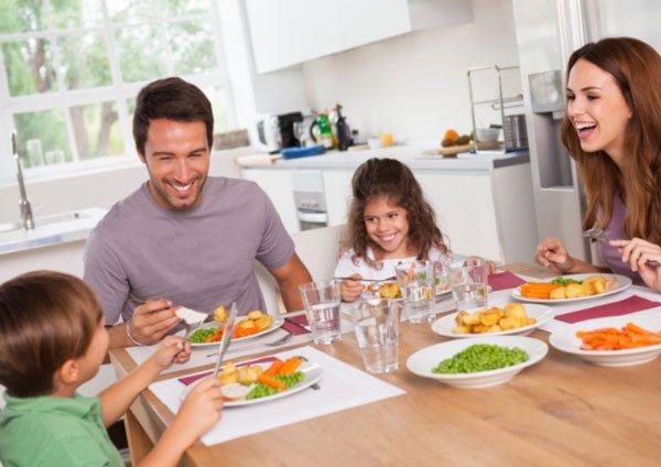 الوجبات العائلية ضرورية