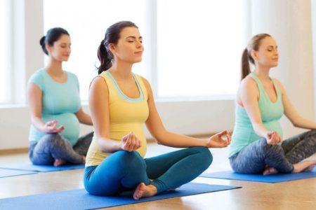 10 فوائد لـ ممارسة اليوغا يوميا توعية
