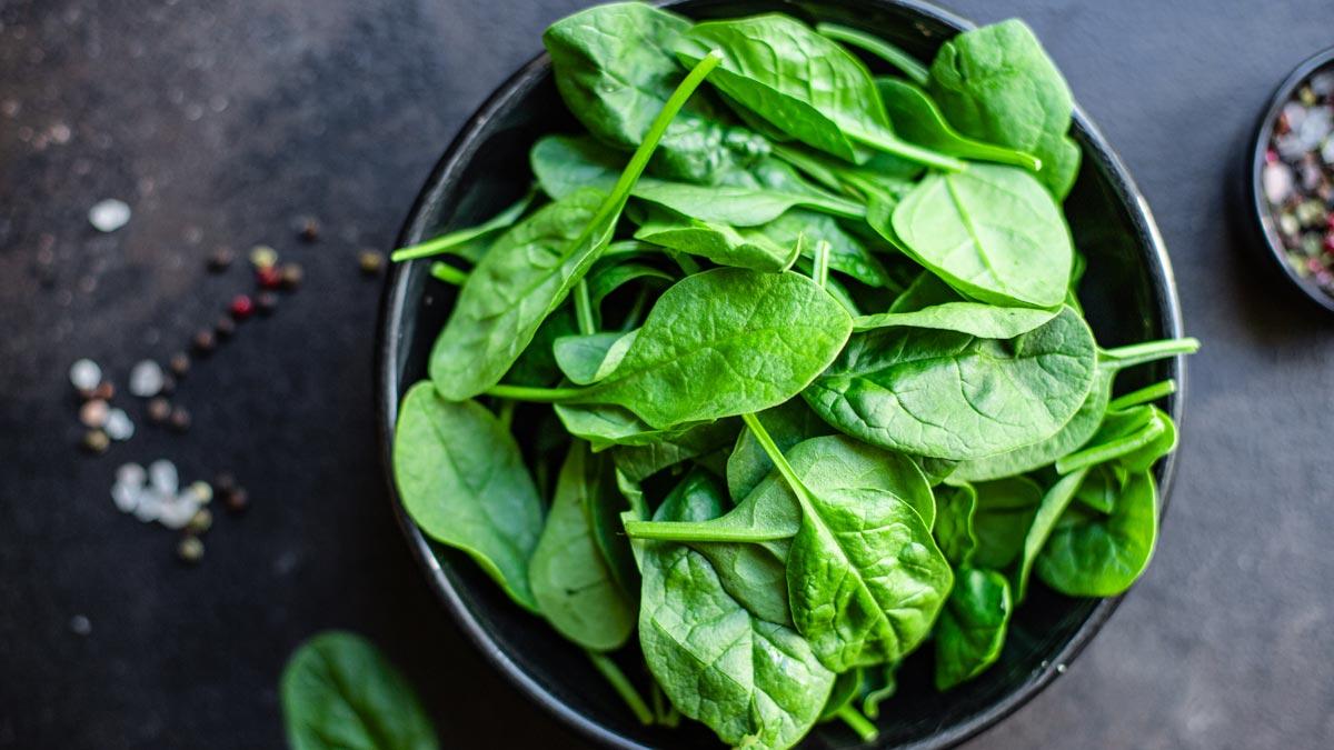 السبانخ – الحقائق الغذائية الكاملة مع الفوائد الصحية – توعية