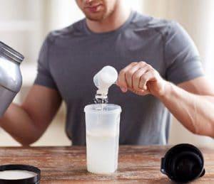 تناول-مكملات-البروتين-قبل-النوم